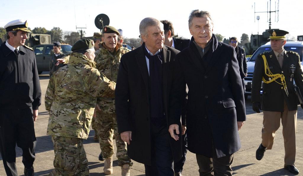 阿根廷總統毛里西奧·馬克里(Mauricio Macri,前右)(美聯社)