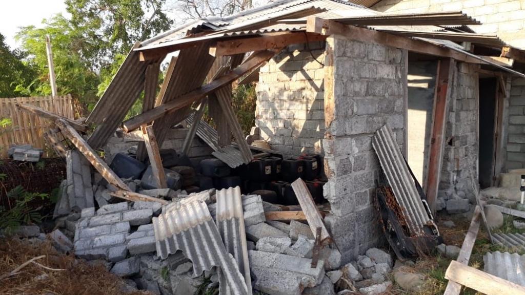 2018年7月29日早上印尼龍目島發生地震情形(翻攝自@suharja_reynard推 特)