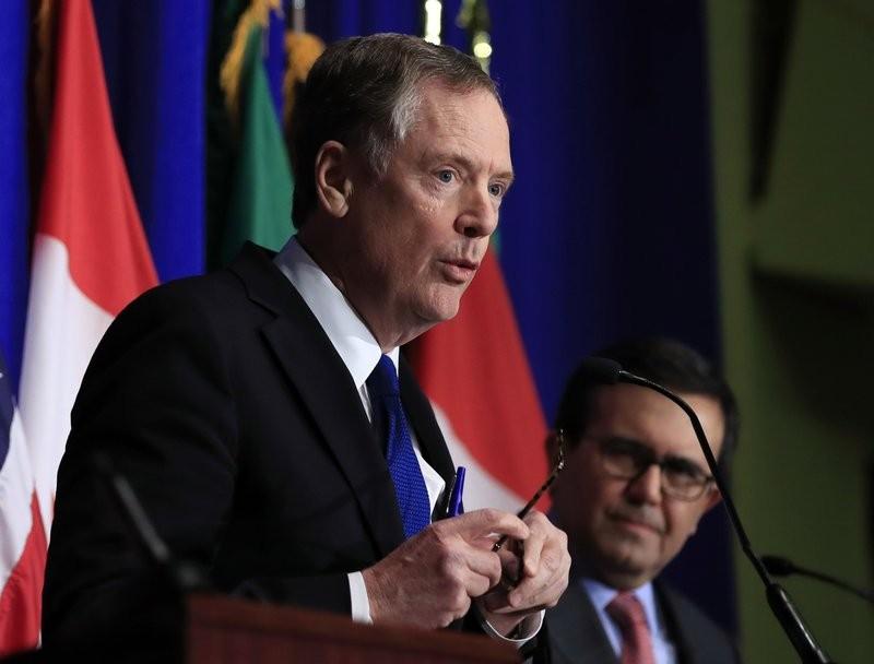 美國貿易代表(左)與墨西哥經濟部長(美聯社)