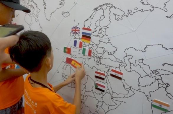 「新住民二代團隊合作工作坊」培養學員國際觀(照片來源:伊甸基金會)