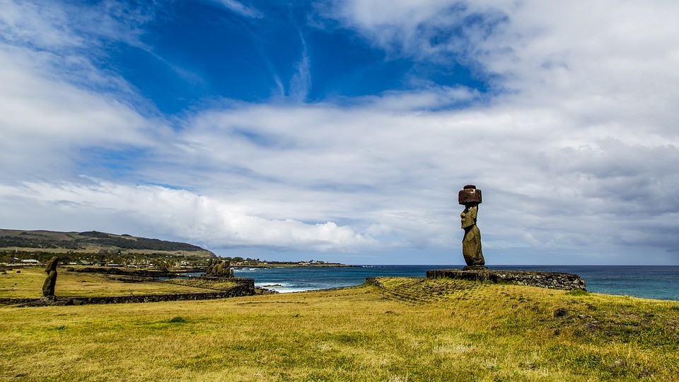 Easter Island (Image from Pixabay user jaboczw)