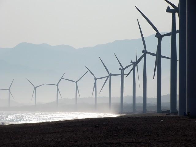 風力發電廠示意圖(照片來源:Pixabay提供)