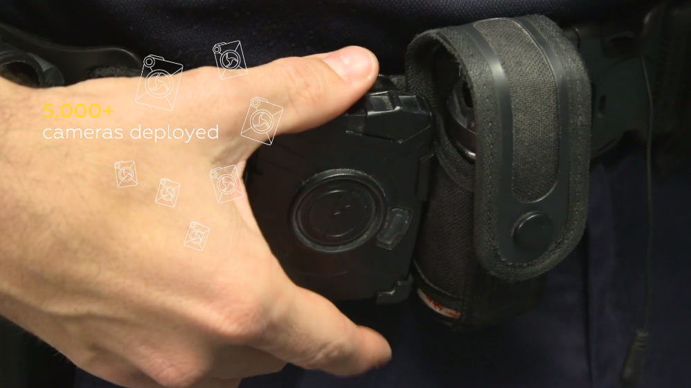 Axon公司隨身攝影機(翻攝自Axon公司商品介紹影片)