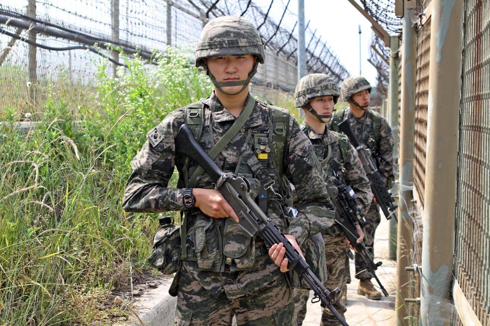 南韓軍人示意圖(翻攝自南韓國防部臉書專頁)