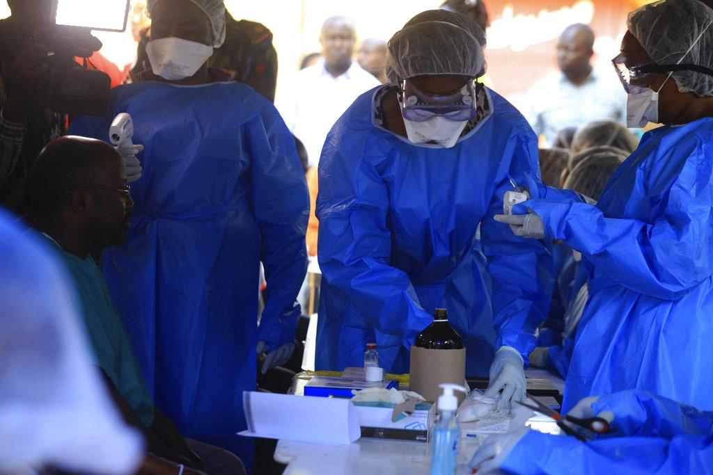 世界衛生組織人員在剛果(美聯社)