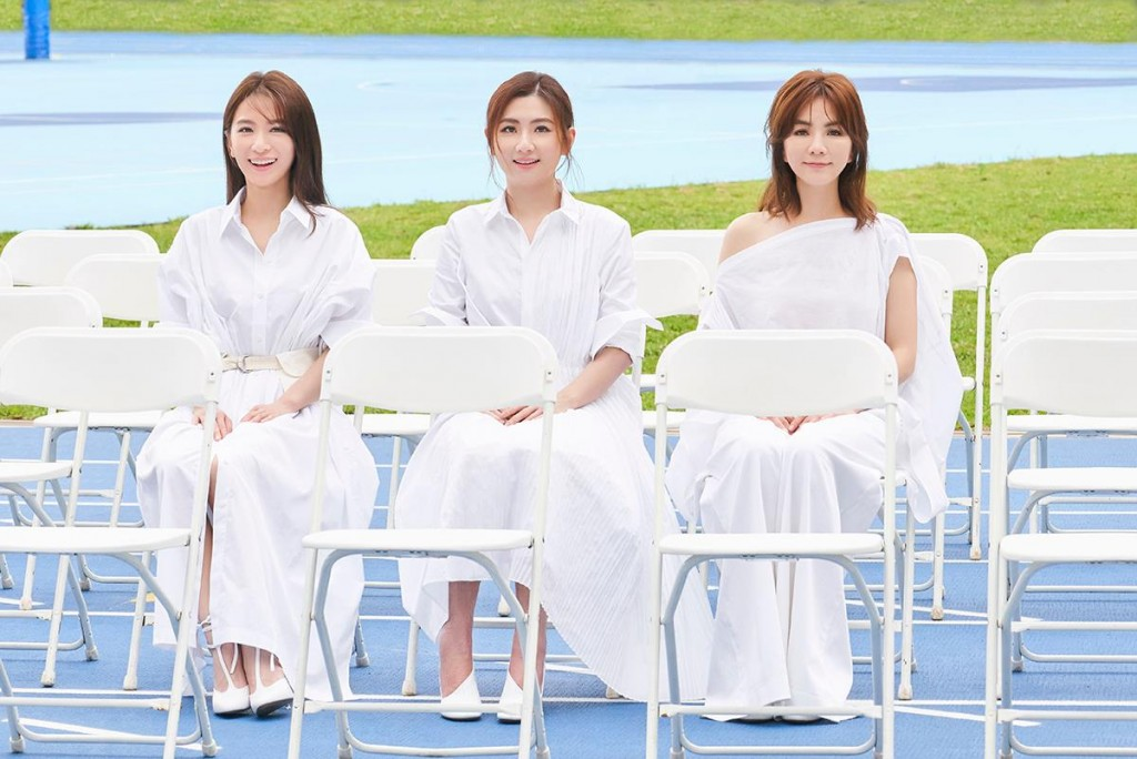 S.H.E  girl group - From left to right:Hebe Tien, Selina Jen, andElla Chen.