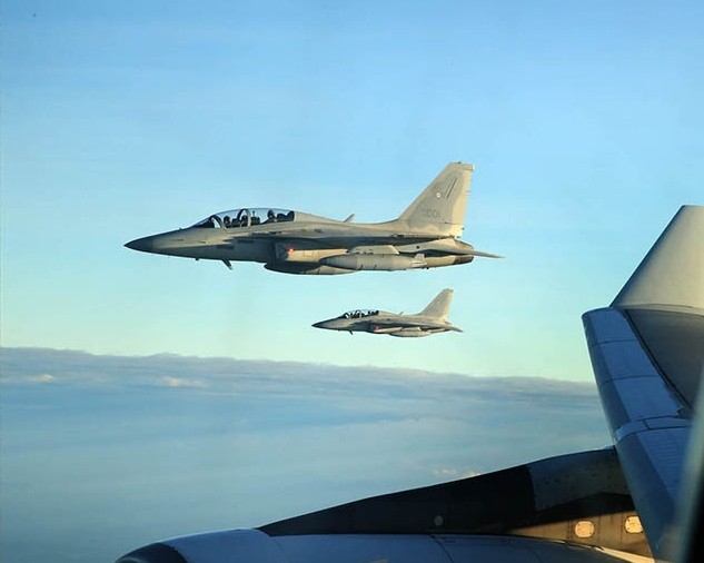 2 Philippine Air Force FA-50 Golden Eagles
