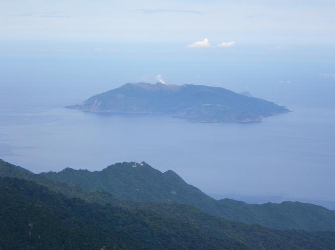 日本九州南部口永良部島(翻攝自維基百科)