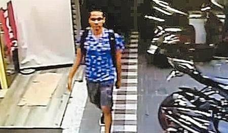 CCTV footage of Ryan leaving home. (New Taipei Police surveillance footage)