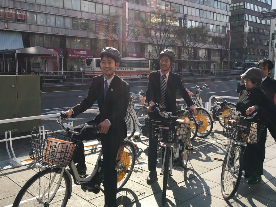 日本千葉市千葉車站附近。最左邊為千葉市長熊谷俊人(翻攝自熊谷俊人推特)