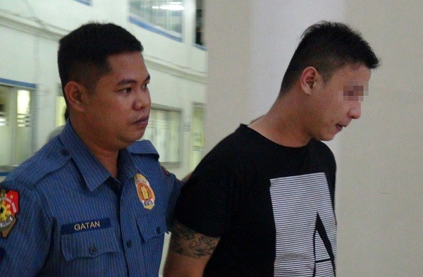 A Taiwanese man, 31-year-old, identified by surname Chang, was detained by Manila Police officer for illegally possessing firearms and drugs