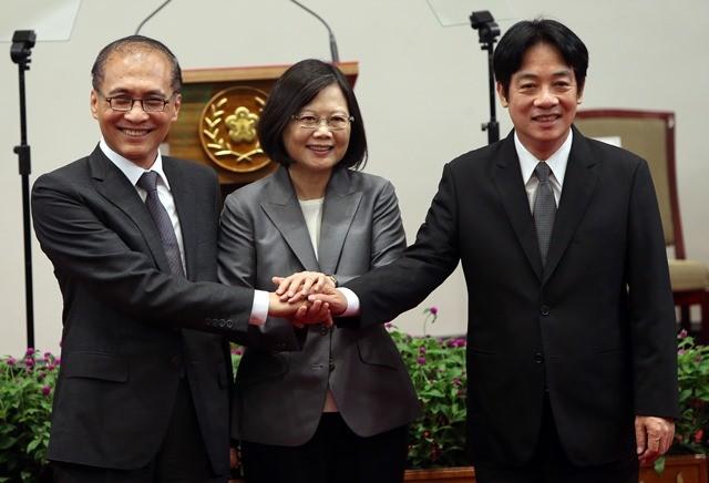 Ex-Premier Lin Chuan with Pres. Tsai and current Premier William Lai