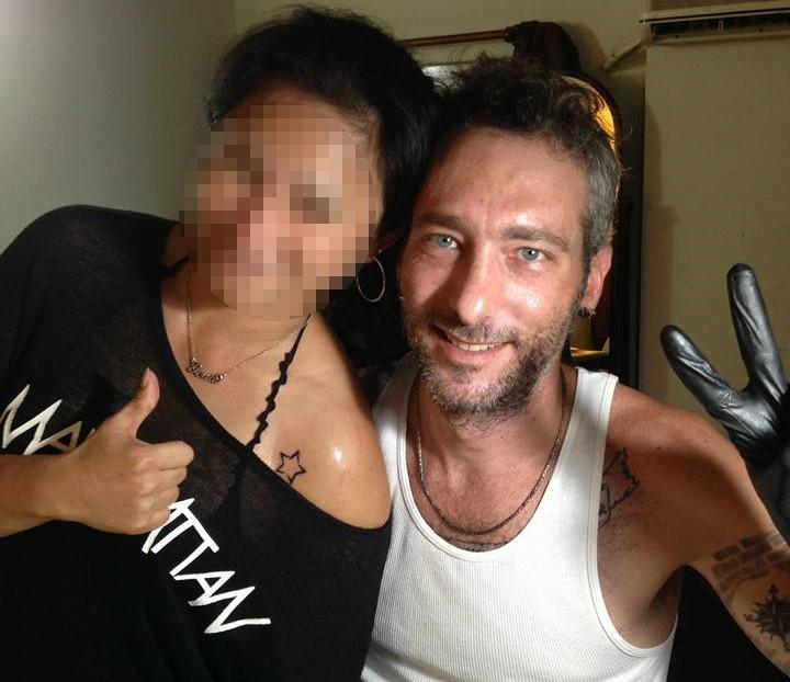 Customer (left), Oren Shlomo Mayer (right). (DC Tattoos Facebook image)