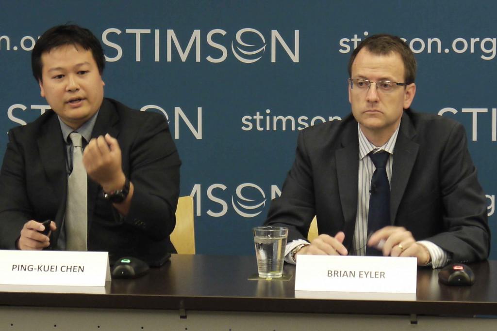 史汀生研究中心東南亞計畫主任艾博(右)昨(31)日表示,台灣提出新南向政策,對區域國家來說是「更優質投資的新選項」。(照片來源:中央社)