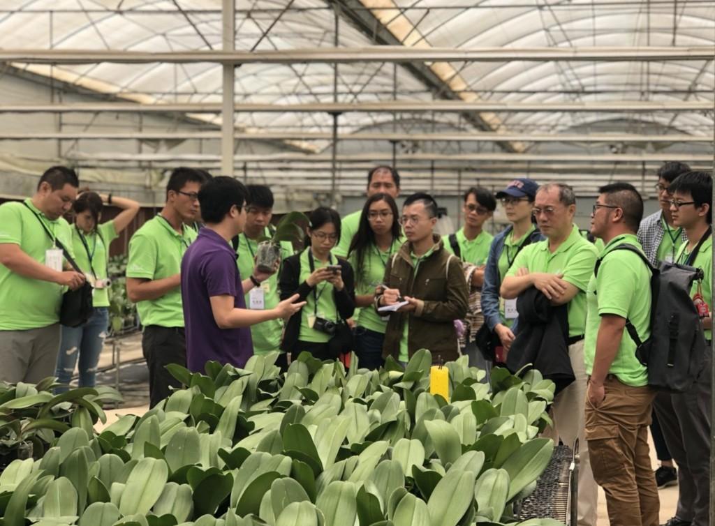 台灣農業青年大使團參訪越南農場(照片來源:中央社)