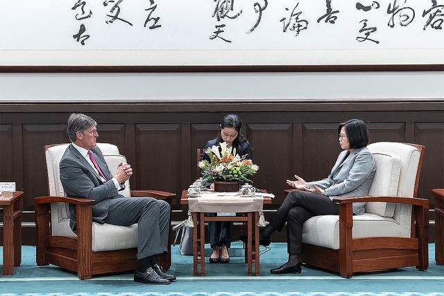 TaiwanPresident Tsai Ing-wen met with Citigroup CEO Michael Corbat on Sept. 12 (Photo courtesy of the Presidential Office)