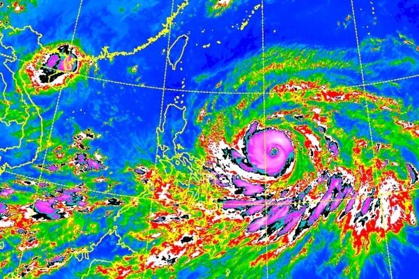 CWB satellite image of Super Typhoon Mangkhut.