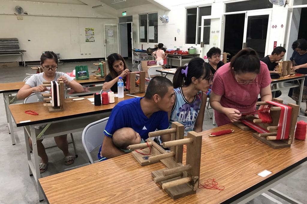 弘光科大推「部落在地創生工作坊」計畫,到和平區部落開多元課程。(弘光科大提供)