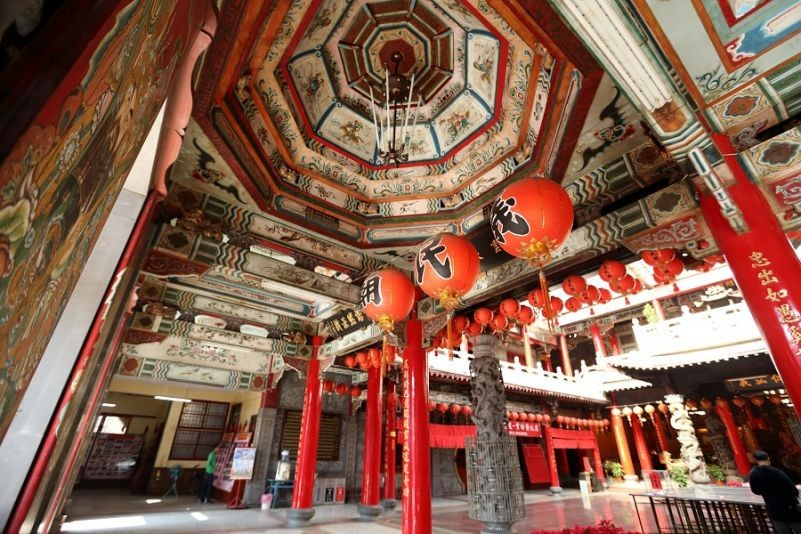 Founded in 1886, Yimin Temple in Toufen Township, Miaoli, is a religious center for the local Hakka community