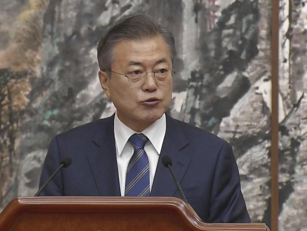 文在寅在平壤文金會會後記者會上演説(南韓KBS。美聯社提供)