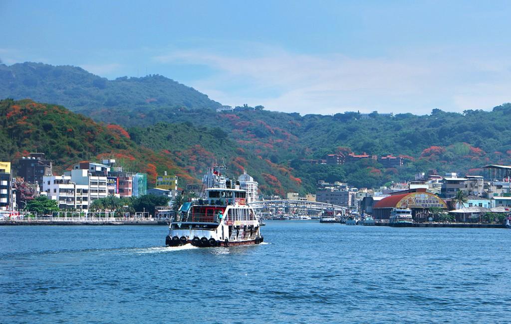 圖為旗津港(圖片來源:交通部觀光局)