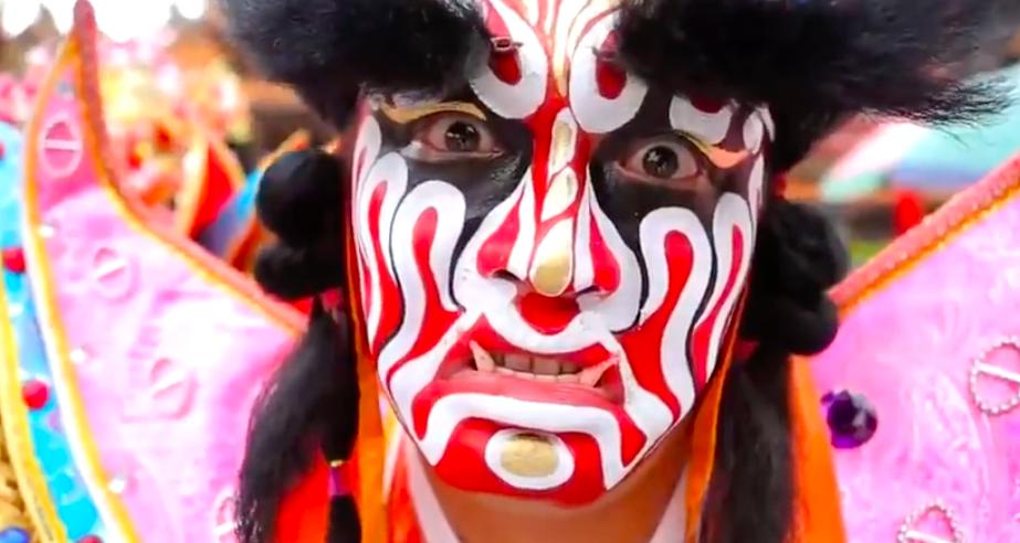 國慶影片以人為出發點,多元文化入鏡(照片擷取自youtube)
