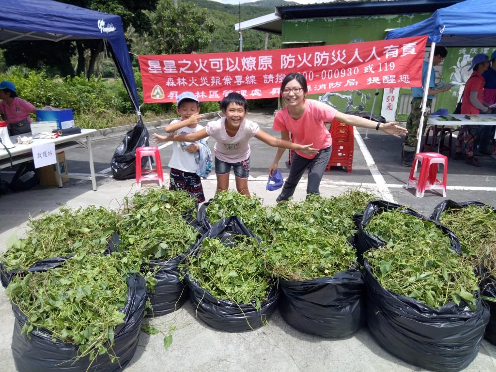 巾幗不讓鬚眉 台灣女性巡護員深入山區守護森林