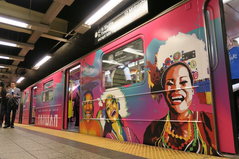 Taiwan's iconic cultural images hop on New York subway train (Photo by CNA)