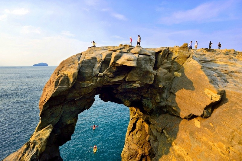 Shen'Ao Elephant Trunk Rock (Taiwan News Image)