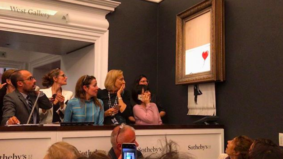 班克西千萬名作變碎紙,留下心碎一地的買者(圖/Banksy)