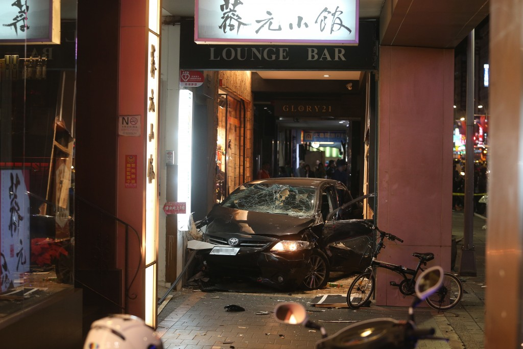Three people were critically injured when a car hit them on a sidewalk on Taipei's Nanjing East Road Thursday evening.