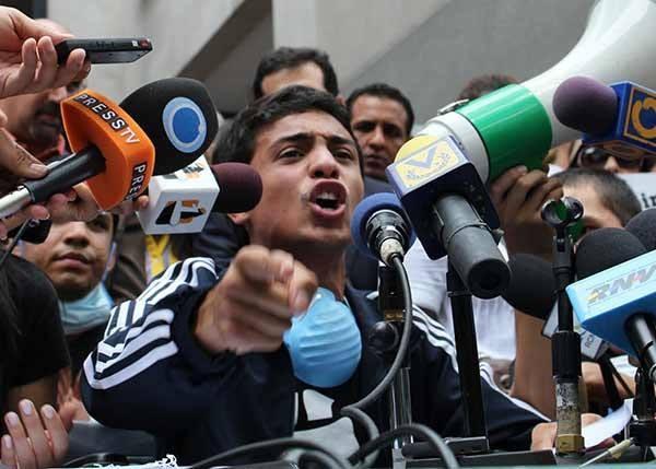 委內瑞拉政府今天釋放政治犯薩勒。(薩勒臉書)