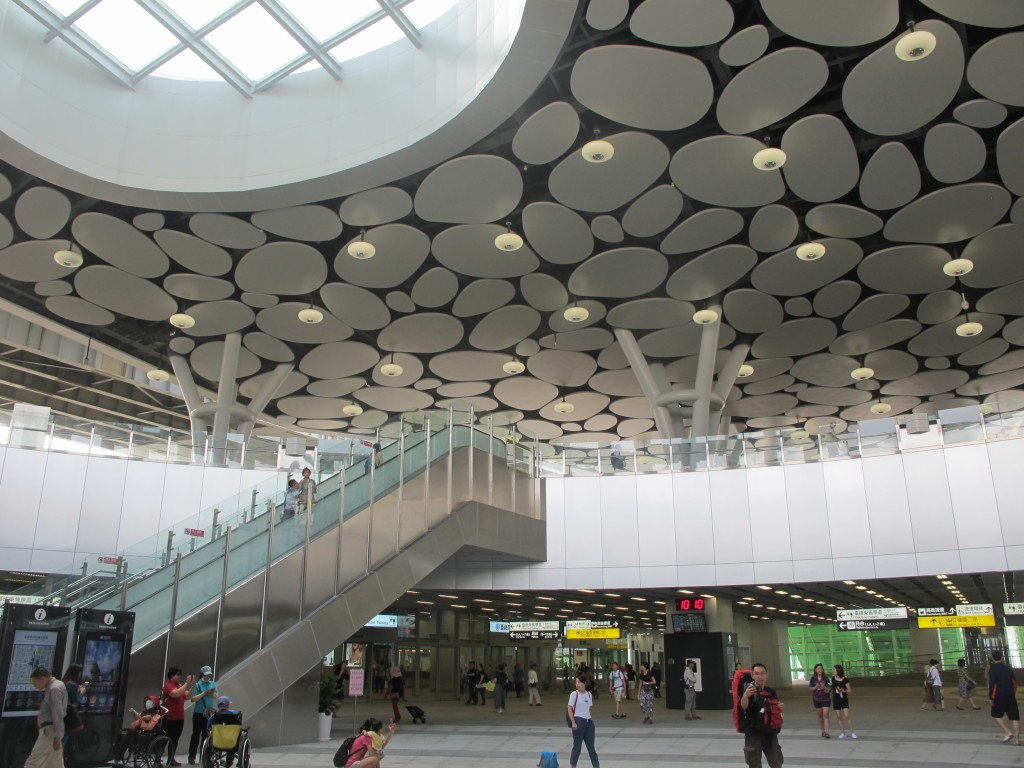 Riding Taiwan's newest transport link: the TRA Kaohsiung City Network