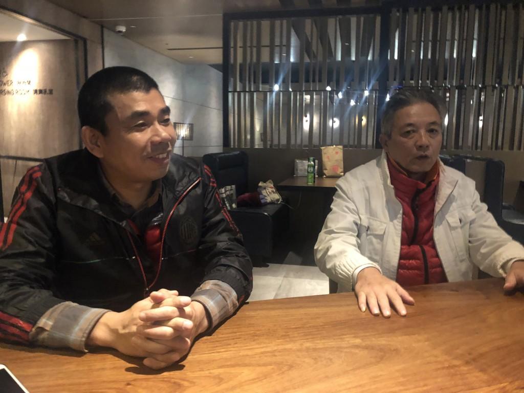 Yan Kefen, left, with Liu Xinglian