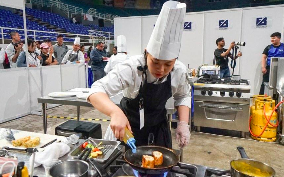 崑山科大學生於「2018馬來西亞檳城國際廚藝競賽」,表現亮眼獲獎無數(圖/崑山科大)