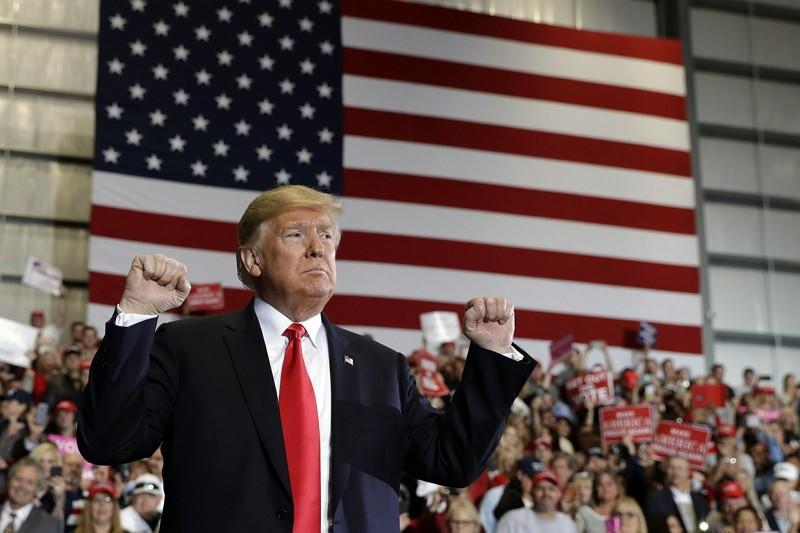 美國總統川普在佛羅里達州站台(圖/美聯社)