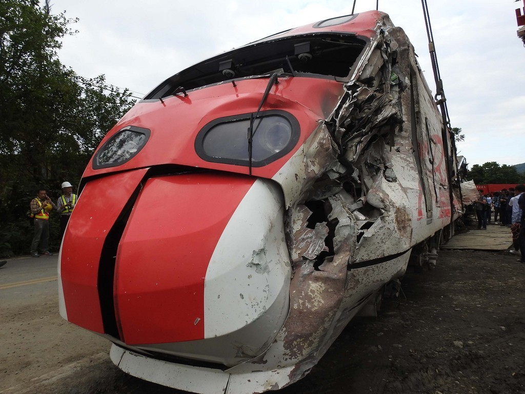 The Puyuma Express locomotive after the October 21 derailment in Yilan County.
