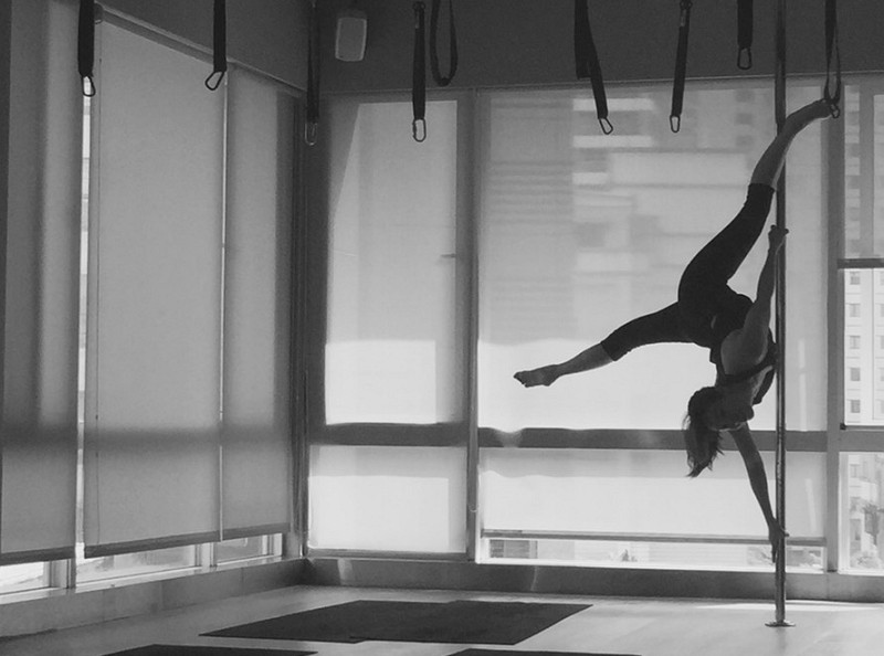 (Photo/Taiwanese pole dance instructor Joyce Chen)