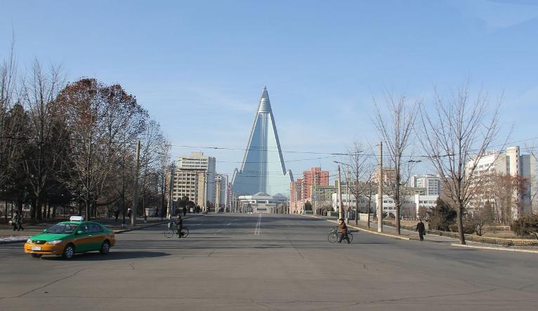 川普和文在寅確認維持北韓制裁 促使金正恩理解廢核重要性