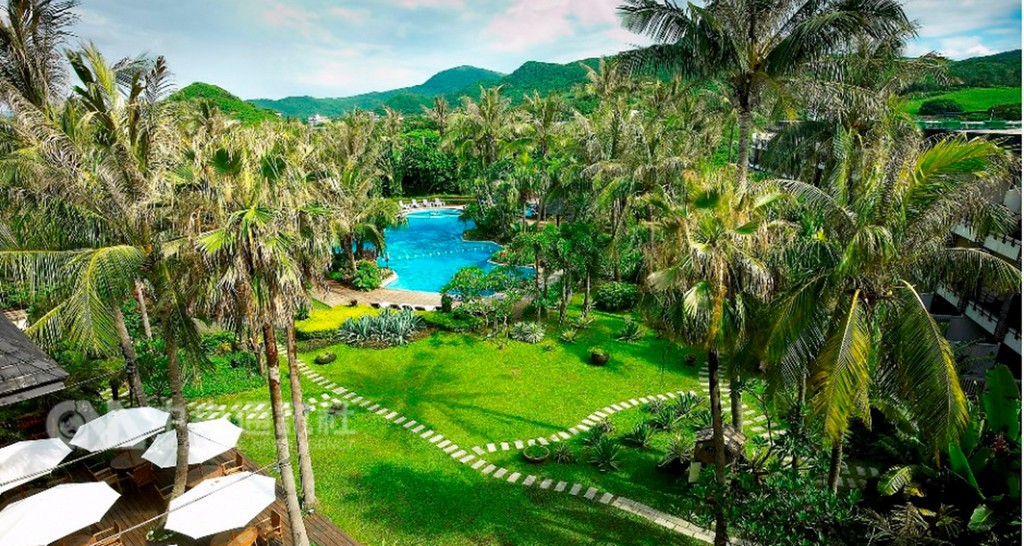 One of the luxury resorts included in current deals (Image by Taiwan HSR)