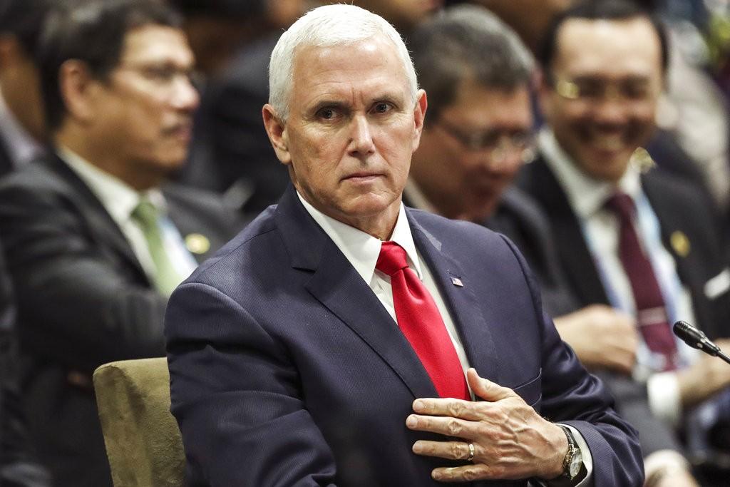 美國副總統麥克 ‧ 彭斯11月15日出席東南亞國家協會峰會(圖片來源:美聯社)