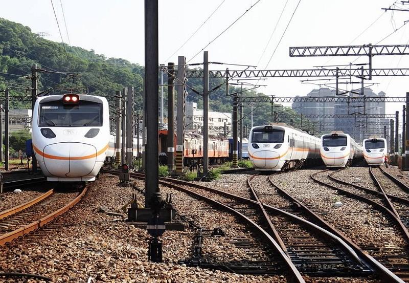 台鐵列車(圖/臉書@railway.gov.tw)