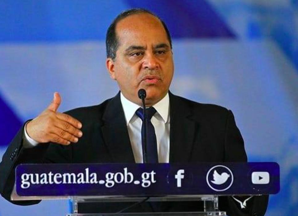 瓜地馬拉共和國教育部長羅培斯已抵台,將展開精彩參訪行程(圖/羅培斯臉書)