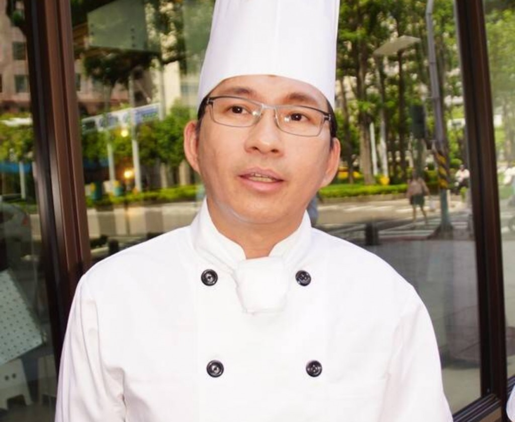(Photo from Wu Pao Chun's Facebook www.facebook.com/wupaochun)