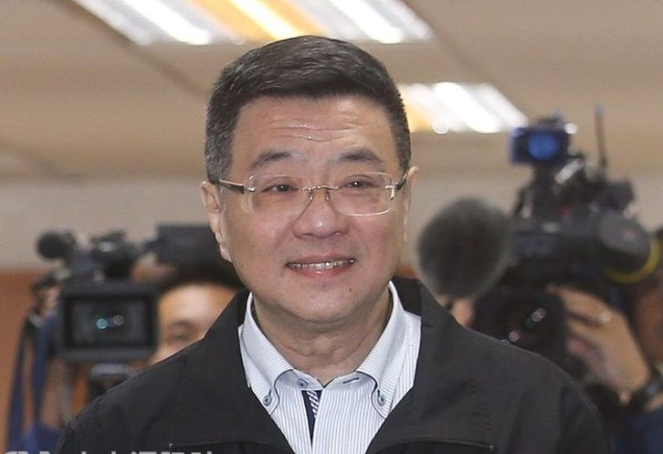 行政院秘書長卓榮泰(圖)長考後決定承擔民進黨黨主席一職。
