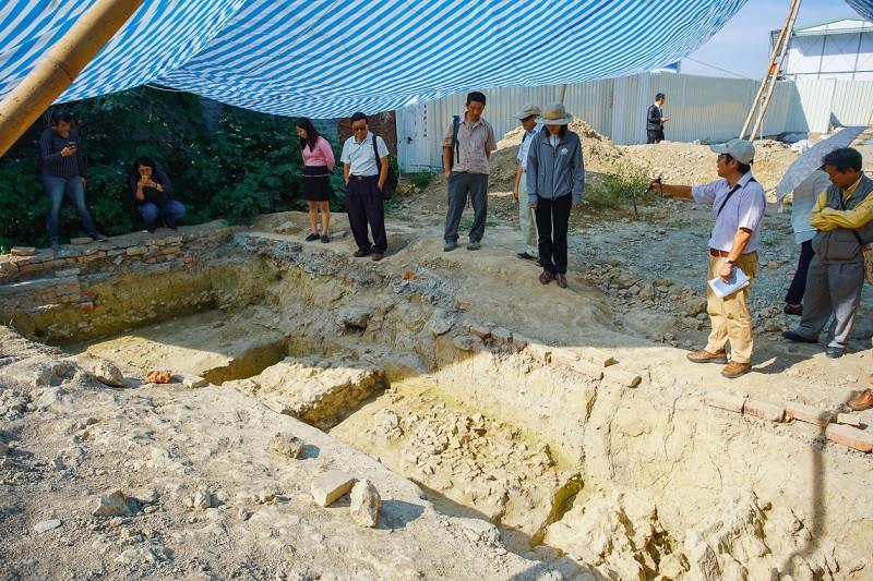 高雄挖出清代百年城牆 建商佛心改設計護古蹟