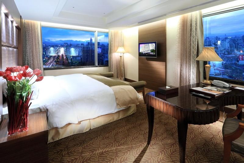 饗美饌,瘋跨年!限量搶購台北花園大酒店270度景觀套房