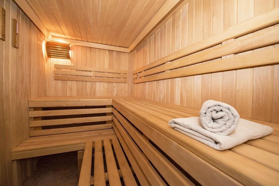 Sauna. (Image from Pixabay user nkaminetskyy)