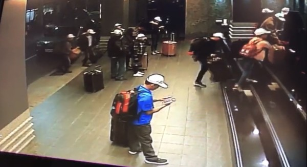 Surveillance footage shows Vietnamese tourists ditching Kaohsiung hotels