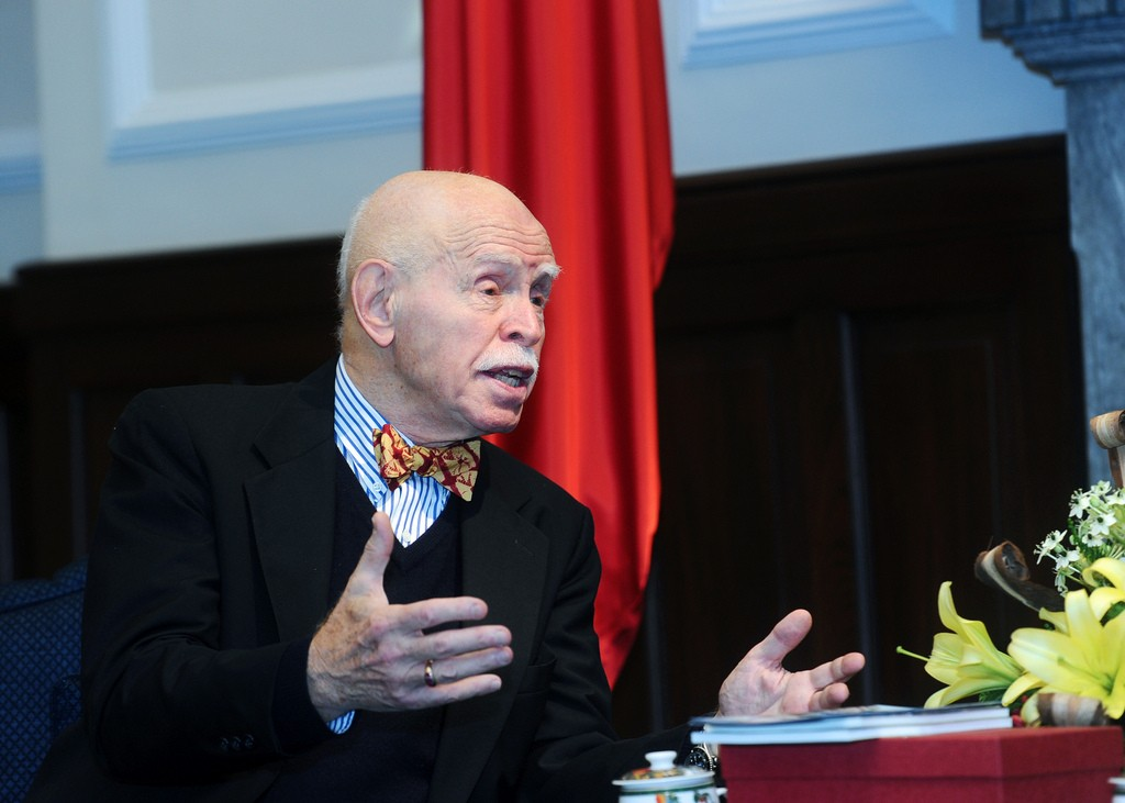Jerome Cohen on a visit to Taiwan (Office of the President/Flickr)